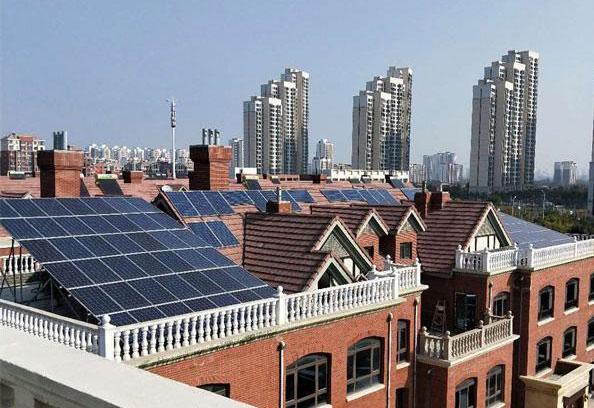 太阳能储电设备多少钱