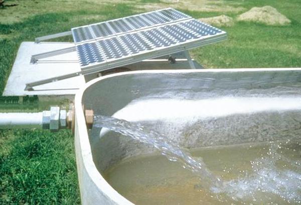光伏灌溉泵成本多少钱
